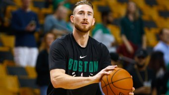Gordon Hayward Has Plate and Screws Removed