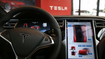 Automakers Collecting Data from Travelers