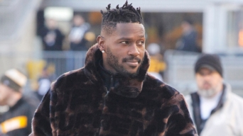 Antonio Brown Joins Practice; Patriots Taking Allegations 'Very Seriously'