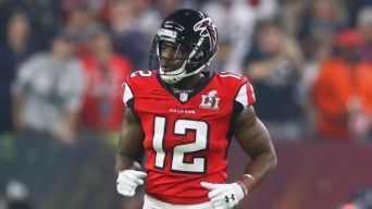 Here's What the Mohamed Sanu Acquisition Means for the Pats