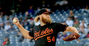 Red Sox Acquire Pitcher Andrew Cashner from Orioles