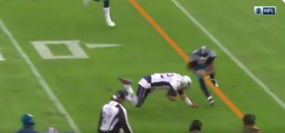 Tom Brady Stumbles and Falls After Catching Pass on Gadget Play