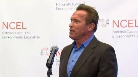 Arnold datant de nouveau datant de nouveau après le décès du conjoint