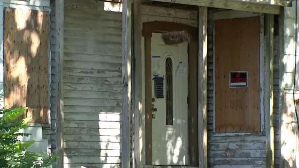 Abandoned Zombie Houses Haunt Mass., Burden Taxpayers