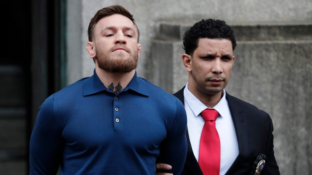 [NATL-NY] Handcuffed Conor McGregor Walked From NYC Court
