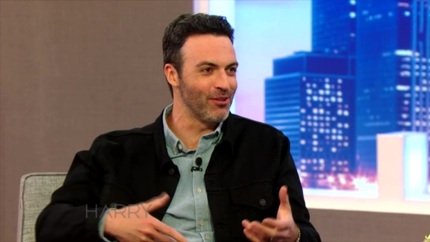 Reid Scott Talks to Harry About Touring the White House
