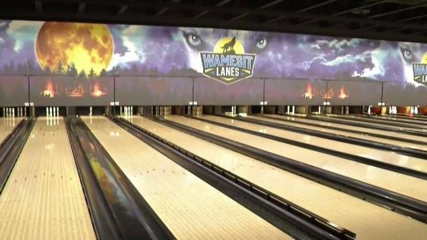 [NECN] Bowling Alley Stays Open for Families Without Power