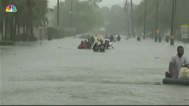 Harvey hits Texas as Category 4 hurricane