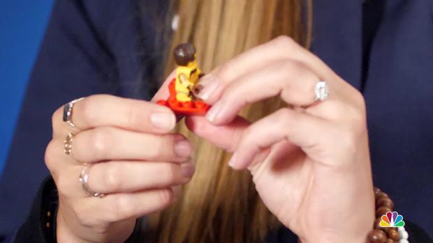 [NATL] Erin Hamlin Explains Luge With Legos