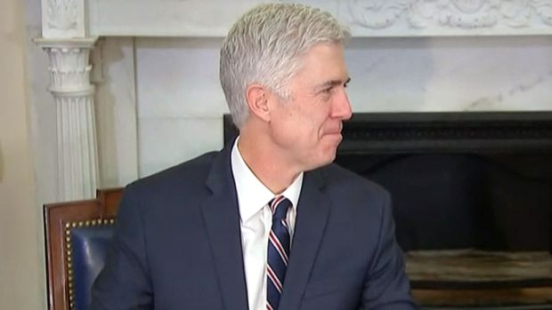 Gorsuch thanks Trump as he takes oath as Supreme Court justice