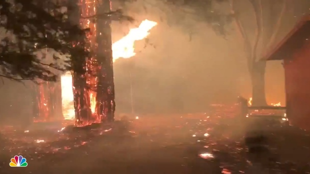 [NATL] Reporter Films Escape Surrounded By Fire