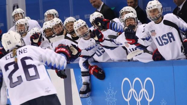 USA Women's Hockey Starts Tourney With 3-1 Win