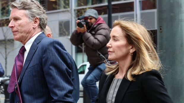 [NECN] Felicity Huffman Arrives to Federal Court in Boston to Formally Plead Guilty