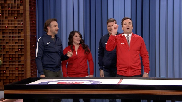 [NATL] 'Tonight': Bar Curling with Jason Sudeikis and the U.S. Olympic Curling Team