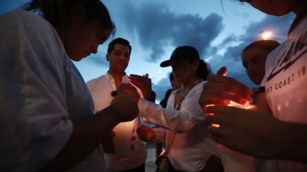 [NATL] Vigil in Juarez, Mexico, Honors Those Killed in El Paso Attack