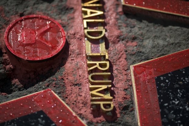 [LA GALLERY] Repairs Nearly Complete on Trump Walk of Fame Star