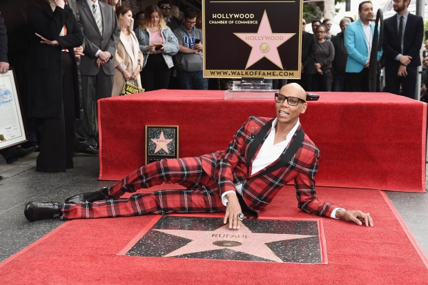 [UPDATED 03/16/18] Stars Honored on Hollywood Walk of Fame in 2018