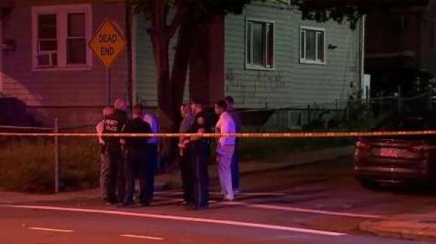 [NECN] Police Search for 2 Suspected Gunmen in Everett
