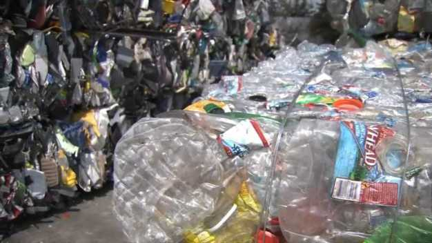 Recycling Troubles: Companies Struggle With New Tariffs