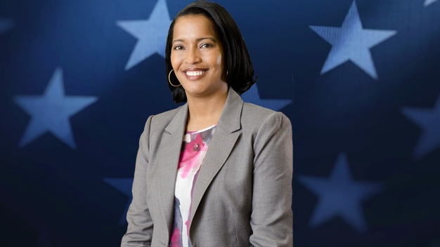 Former Teacher of the Year wins CT-5 Primary