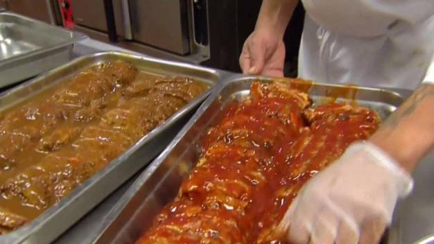 JP Volunteers Deliver Thanksgiving Meals