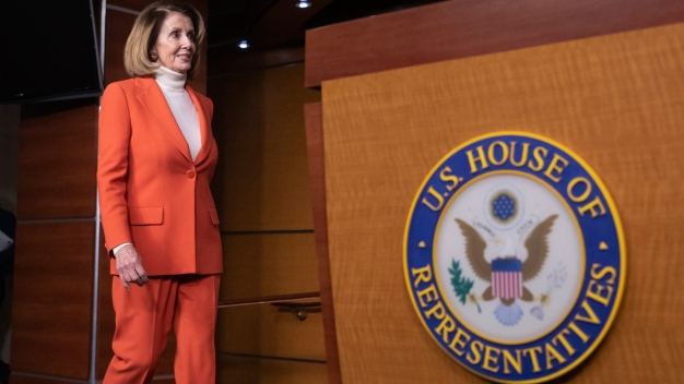 Pelosi Meets With Freshmen Democrats Key to Speakership Bid