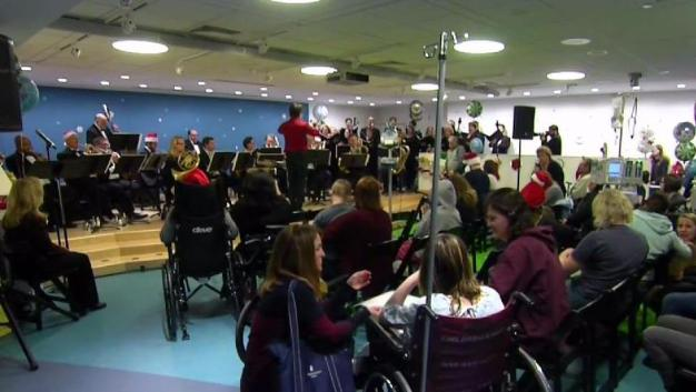 Boston Pops Perform Holiday Concert at BCH