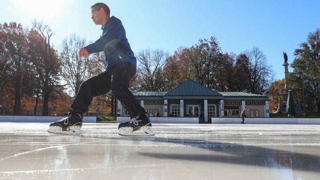 IMAGES: Skating Returns to Boston's Frog Pond