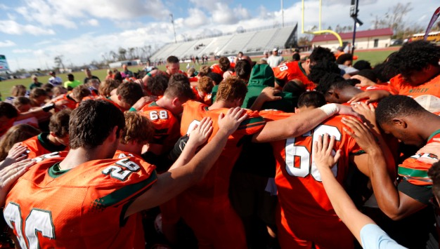 10 Days After Hurricane Michael, Football Offers an Escape