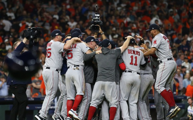 POLL: Who Will Win the World Series?
