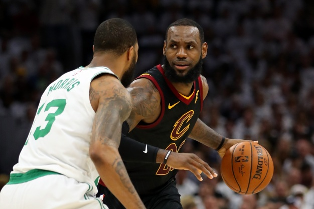 Cavs Beat Celtics in Cleveland, Extend Conference Finals