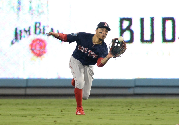 Red Sox Fans Have Same Thought on Twitter After Mookie Betts Wins Gold Glove