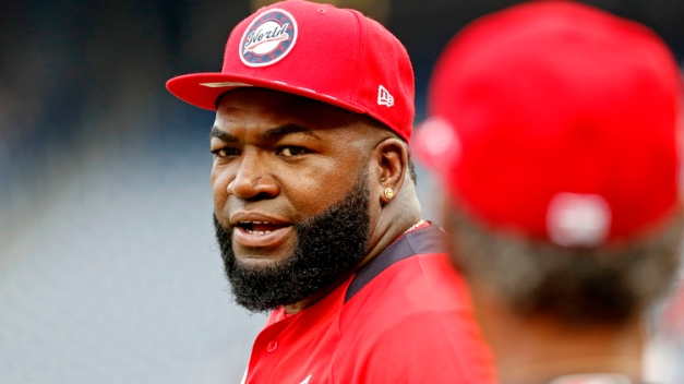 WATCH: David Ortiz Pranks Frank Thomas