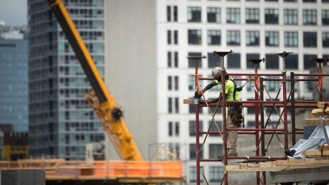 US Economy Grew at 3 Percent Rate for 2nd Quarter in a Row