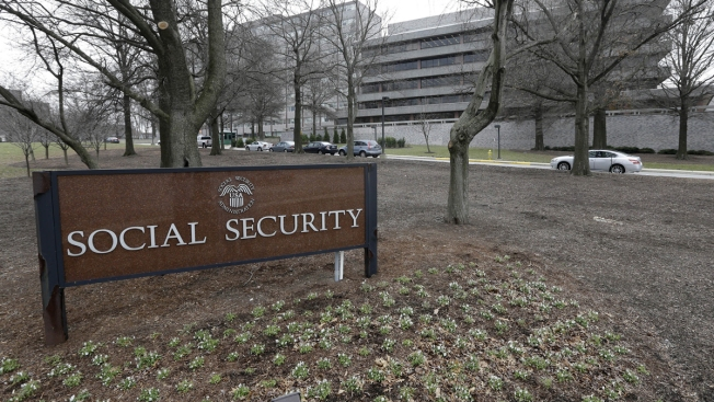 Social Security Benefits to Rise by 2 Percent in 2018