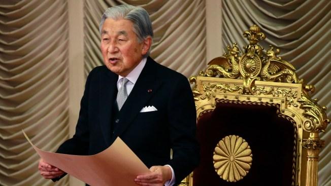 Japan's Emperor Akihito to Abdicate in April 2019