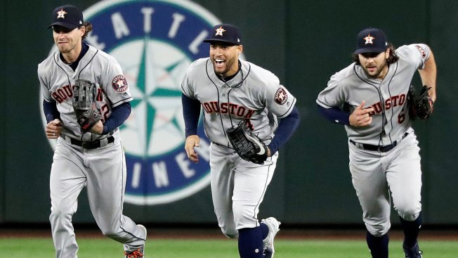 Big Leaguers Are Logging Long Hours on Popular New Video Game 'Fortnite'