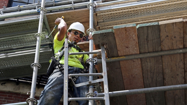 US Productivity Grew at Strong 2.9 Percent Rate in 2nd Quarter