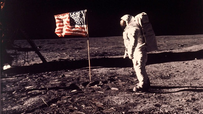 NASA Manager Casts Doubt on Possibility of 2024 Moon Landing