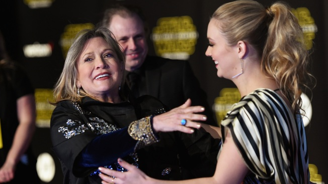 Billie Lourd Honors Mom Carrie Fisher 2 Years After Death With Touching Musical Tribute