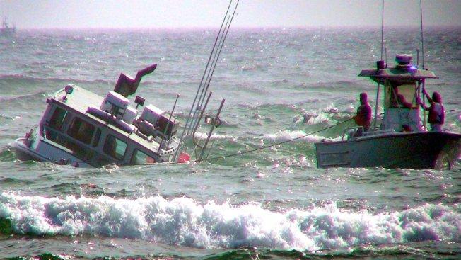 Boat Runs Aground, Salvage Efforts Underway - NBC10 Boston