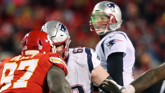 Kansas City Chiefs Bans Fan Who Allegedly Pointed Laser at Tom Brady