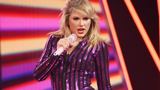 Watch Taylor Swift, More Stars Embrace Their Inner Feline in First 'Cats' Trailer