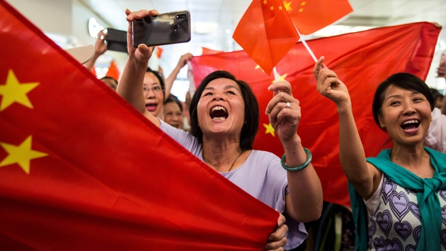 Skirmishes Break Out in Hong Kong Mall Amid Counter Rallies