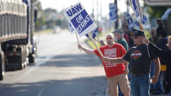 Striking GM Workers Question Whether Union Leaders Can Be Trusted