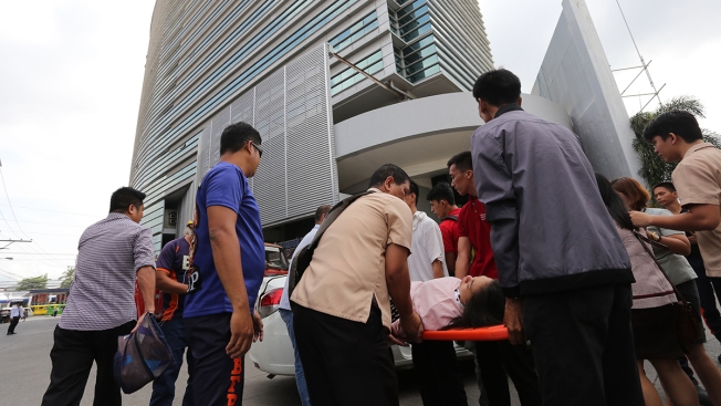 Strong Quake Jolts Southern Philippines; 1 Dead, Dozens Hurt