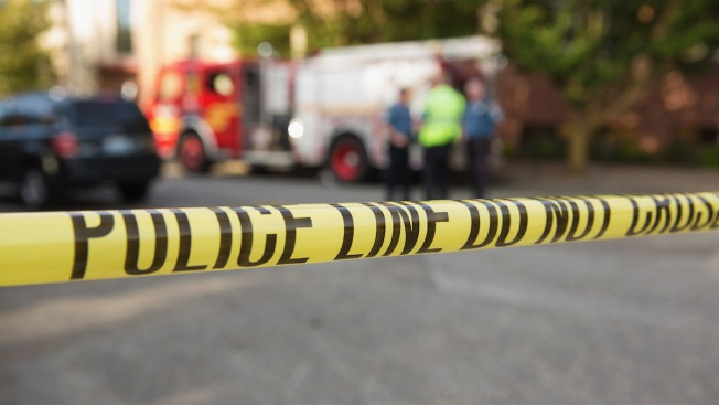 2 canoers find man's body in Taunton River