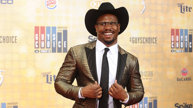 Von Miller Channels His Inner Bieber in New Madden Spot