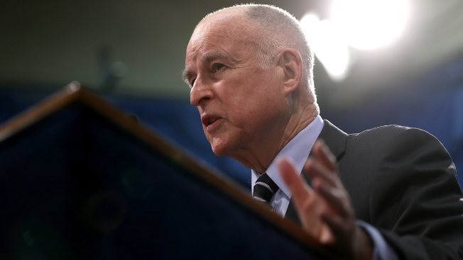California Becomes 'Sanctuary State' as Gov. Brown Signs Bill