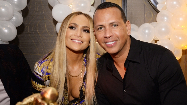 Jennifer Lopez Stops Concert to Sing 'Happy Birthday' to Alex Rodriguez